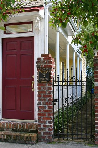Gardens side door and iron gates on pinterest for Charleston single house
