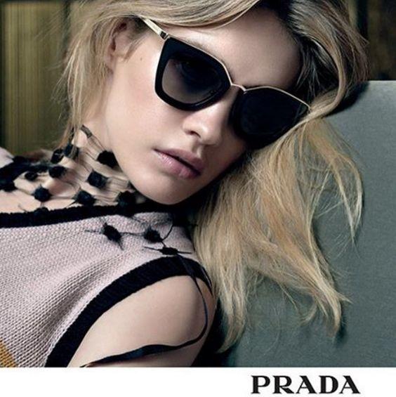 A nova coleção #Prada chega nas #OticasWanny com modelos incríveis! Venha conferir em nossa lojas físicas e também em nossa loja virtual: www.oticaswanny.com ❤️