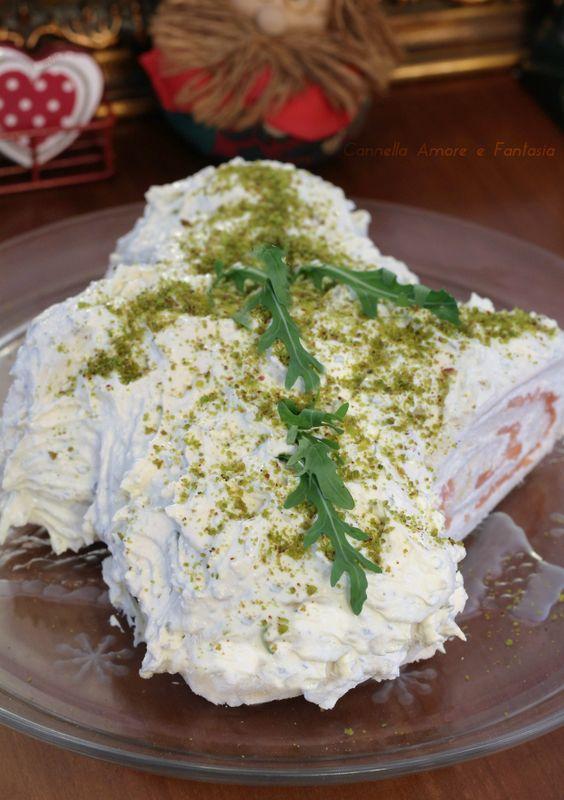 Tronchetto salato al salmone e ricotta ricetta