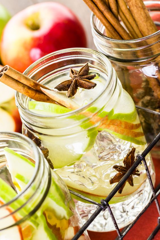 Are you looking to increase your water intake however you hate drinking water? I am about to reveal to you a very special recipe that has a huge list of benefits including effortless weight loss!  Apple cinnamon water also referred to as fruit infused water, fruitflavouredwater or detoxw