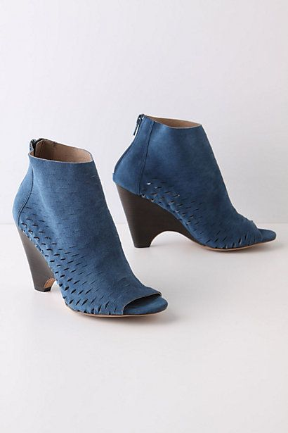 Reduct Wedges #anthropologie: Blue Wedges, Style Shoes, Fun Shoes, Blue Style, Blue Suede Shoes, Big Shoes, Blue Shoes, Brand Shoes, Colored Wedges