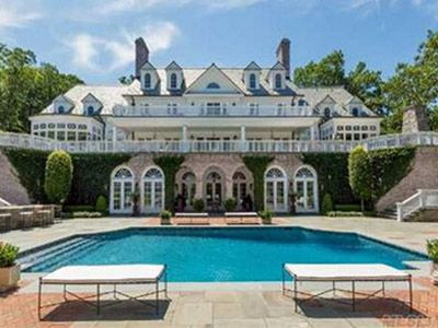 Former Lehman President Joseph Gregory Is Selling His