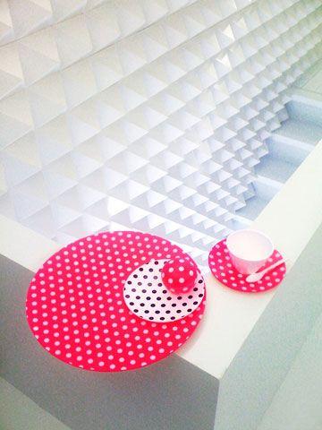 new cubism dot Globe by koichiro kimura via http://www.hhstyle.com/cgi-bin/omc?req=PRODUCT&code=706000100