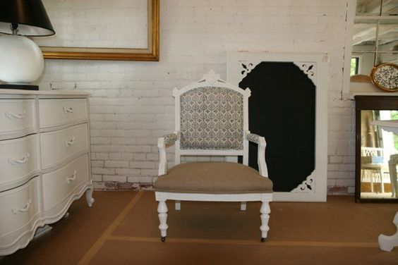 les indiennes & burlap on trove decor vintage painted chair