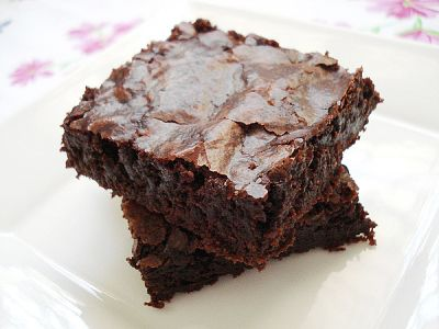Butter, Powder and Gooey brownies on Pinterest