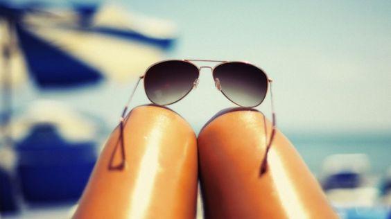 Hot-dog-legs trend