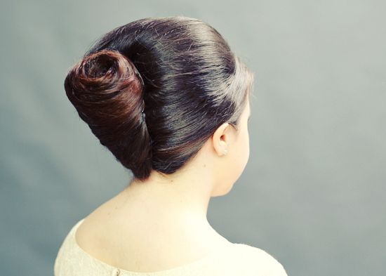 DIY french pleat tutorial. A versatile wedding hairstyle! From Kate Petersen