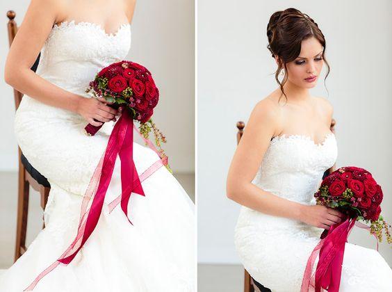 Maskenball von Romeo & Juliet |  Hochzeitsfotografie Christina & Eduard  #Christina_Eduard_Photography  #Brautstrauß #Hochzeit #Rosen #Inspiration #Romeo_Juliet