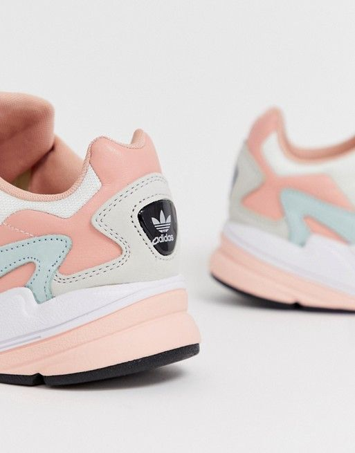 Escribe un reporte inventar Onza  adidas Originals Falcon in white tint and trace pink | ASOS | Sugar shoes,  Adidas originals, Fashion shoes