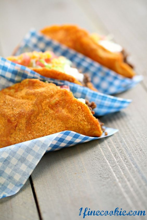Make Taco Bell's Doritos Tacos at Home · Edible Crafts | CraftGossip.com