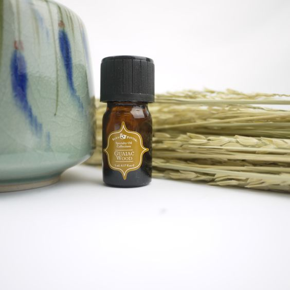 Guaiac Wood, a delightful woody scent from our Specialty Oil series! Guaiac Wood Essential Oil has a delicate exotic, sweetly, smoky, earthy 'tea rose' base note. An excellent blender in woody-floral natural perfumery. Emotionally, the oil is relaxing, calming and an effective oil for distressing purposes. Go try it at any Mt. Sapola Boutique now:)