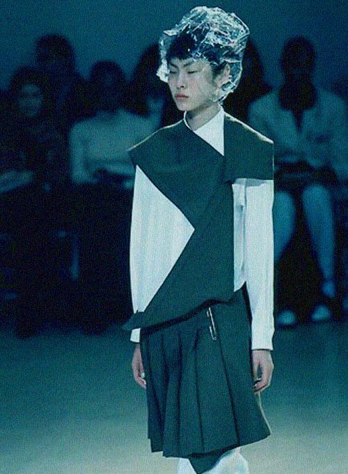 Junya Watanabe F/W 1998    (Source: moscowballet)