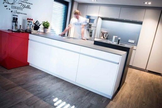 front mohair matt mit glas arbeitsplatte veigl küchen bayreuth