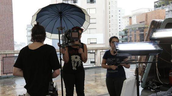 Set Primeiro Andar, Direção de Fotografia: Catharina Scarpellini, Assistência de Fotografia: Antonio Maria e Ana Prieto