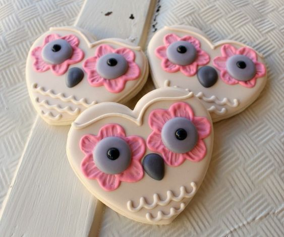 Owl cookies from hearts. Love!