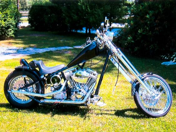2002 127ci El Bruto Chopper by Mike Whorley.    http://hotbikeweb.com/2002-chopper-2006-springer-2004-texas-chopper-and-1998-fxstc-readers-showcase?image=2