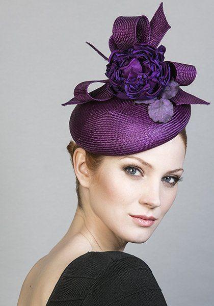قبعات رسمية بالورد 98ec1cff1ca128d191f3