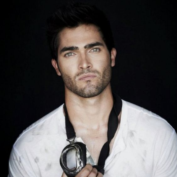 Tyler Hoechlin - Has any human ever been more beautiful than this man?