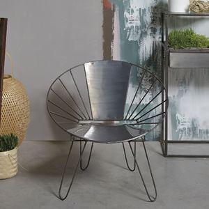 Fauteuil bas forme ronde en métal gris Jardin d'Ulysse