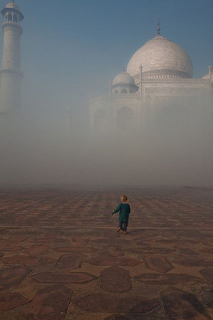 all-things-east: Taj Mahal, India.