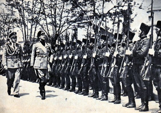 Galeazzo Ciano inspects the Royal Albanian Guard (1938)::