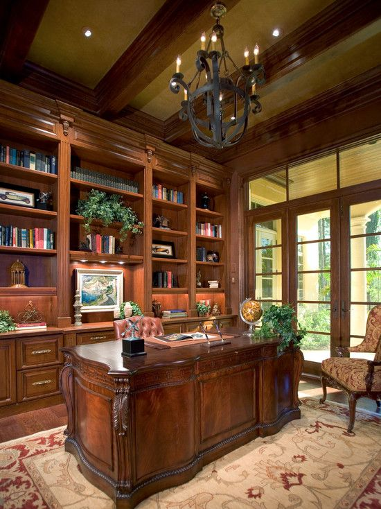 Beautiful Traditional Home Office. #Homeoffices