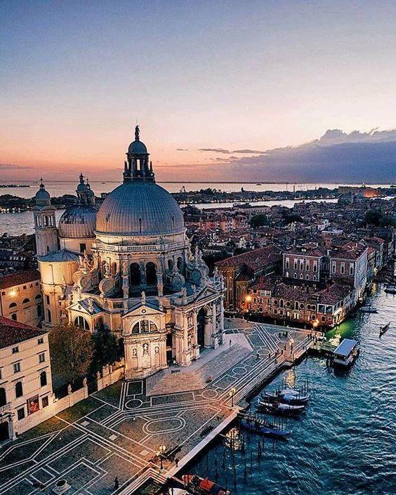 Venice, Italy #italianholidaystravel