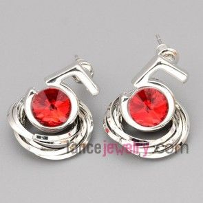 Cute stud earrings with zinc alloy rings decorated red crystal