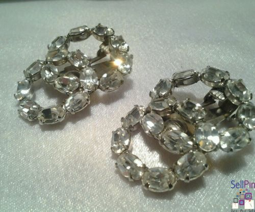 $14.25: Vintage Estate Silver Rhinestone Figure 8 Runway Statement Fancy Clip Earrings