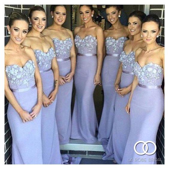 «Amei as madrinhas de   Assinem o meu canal do Youtube para dicas de casamento, moda e beleza ( link na bio ou www.youtube.com/fefacaram) #braidsmaid…»
