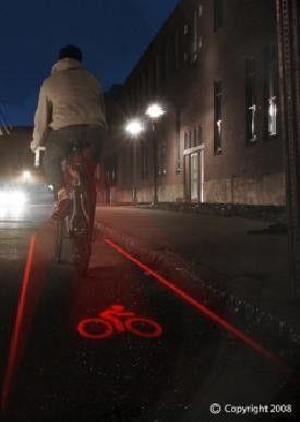 Láser acoplado a bicicleta pinta tu propia ciclovía