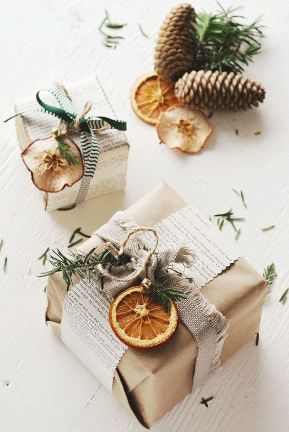 Gift wrapping ideas #gifts #presents #giftwrapping #christmasgiftwrap #giftwrap #wrapping