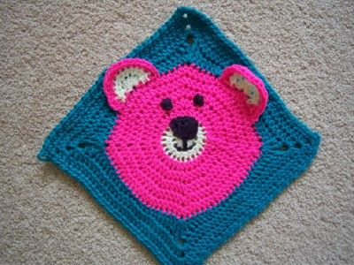 Adorable pink bear from Sharon. http://www.knit-a-square.com/