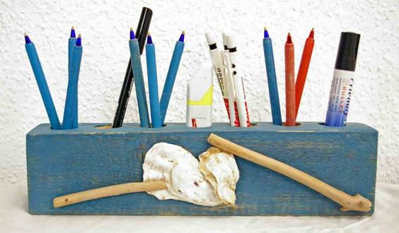 Stiftehalter Stiftebecher Utensilo Dekoration Holz von SchlueterKunstundDesign - Wohnzubehör, Unikate, Treibholzobjekte, Modeschmuck aus Treibholz auf DaWanda.com