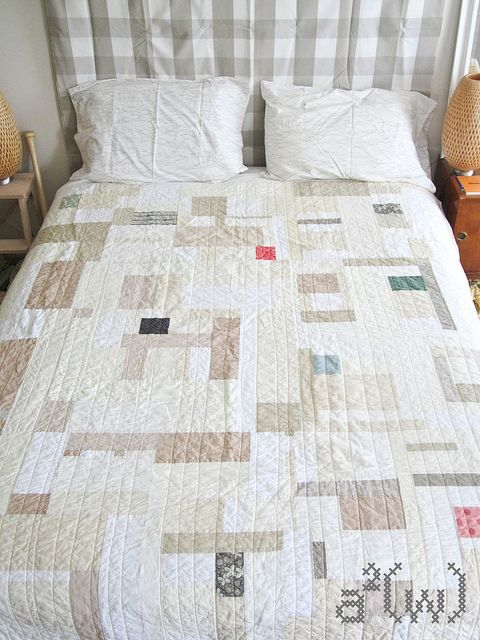 Neutral quilt bed by a²(w) - asquaredw - Ali, via Flickr