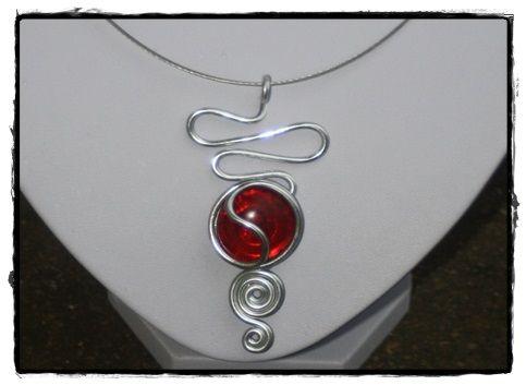 bijoux collier pendentif fils aluminium pendentif alu pendentif pinteres. Black Bedroom Furniture Sets. Home Design Ideas