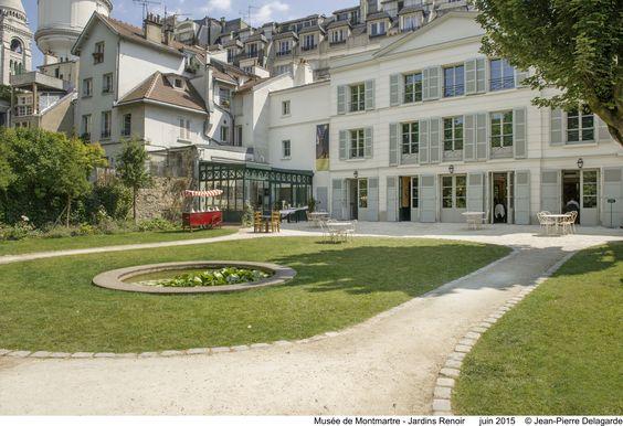 Musée de Montmartre - Jardins Renoir Juin 2005 © Jean-Pierre Delagarde