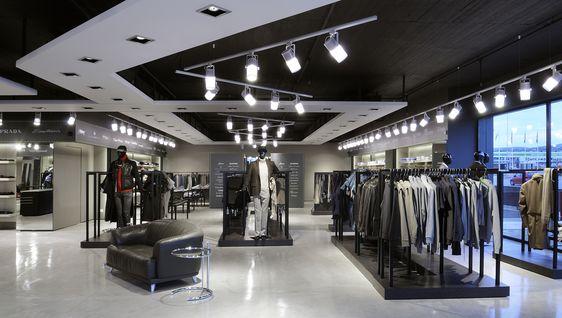 retail design - Buscar con Google Retail interiors Pinterest