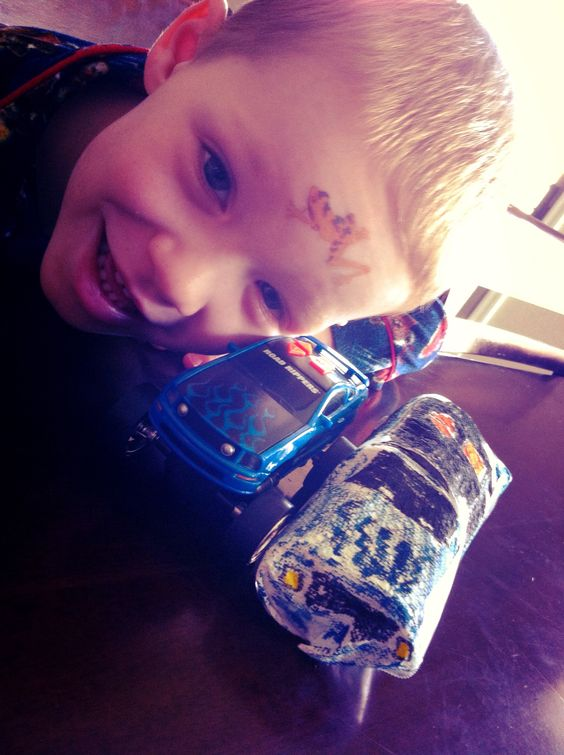 """How to Create a Fast & Easy """"Paper Car"""" With Your Kid!"""