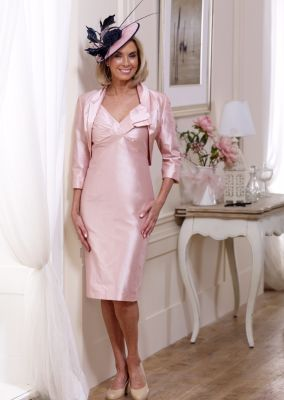 Robe de mariage et noeud Couture en soie