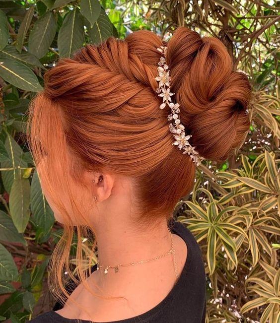 penteados para madrinha coque maravilhoso