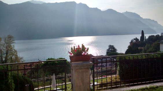 We review Bellagio Lake Como, a place full of beauty and tranquillity. http://www.justaplatform.com/bellagio-lake-como/
