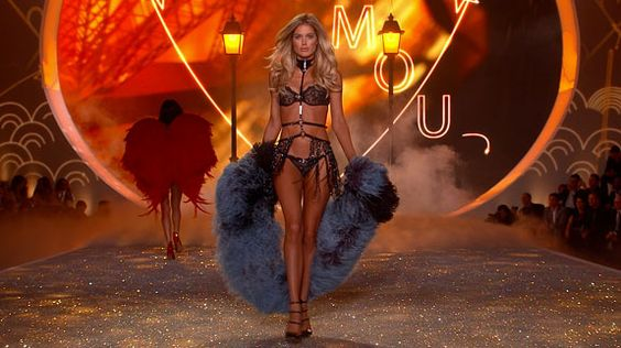 2013 Victoria's Secret Fashion Show Doutzen