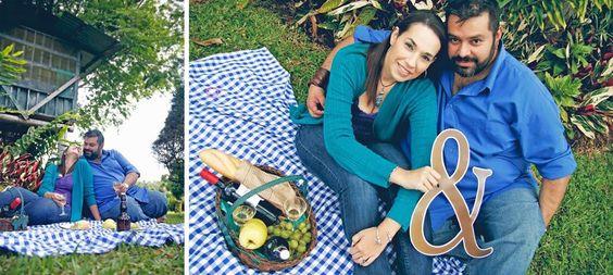 Gaby y David tiene una larga y romántica historia de amor. Aunque su compromiso fue corto, la importancia de crear un Save the Date representativo fue lo que llevo al equipo de fotografía de Tres Seis Cinco Eventos a crear esta sesión. El post completo aquí -> http://www.proyectobodacr.com/e-session-picnic-en-la-finca-san-rafael-de-heredia/