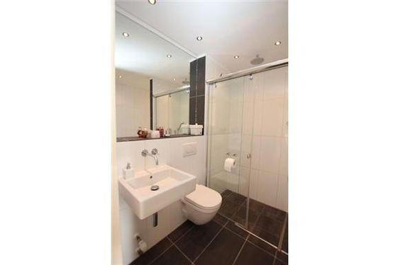 20170407&030902_Badkamer Sanitair Ede ~ De badkamer is recent volledig vervangen en voorzien van modern