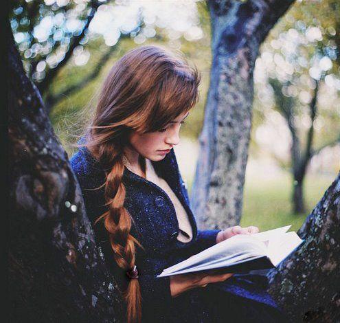 I love reading outside <3