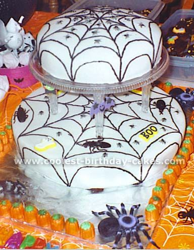 Halloween Cake Photo... This website is the Pinterest of halloween cakes