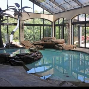 Indoor pool by HOLLACHE