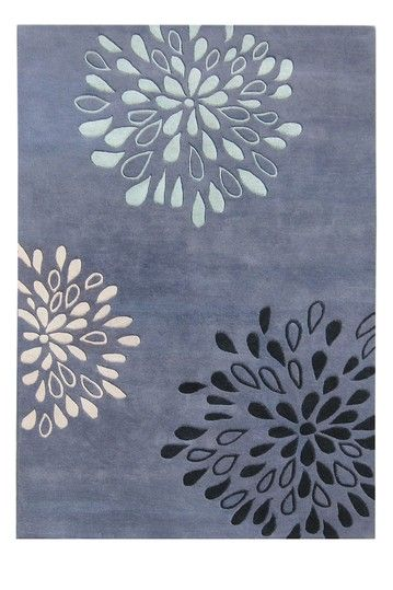 Me + White carpeting = need a dark rug