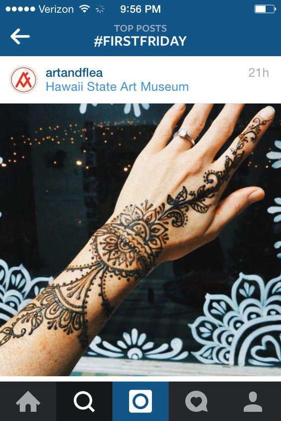 back hand henna